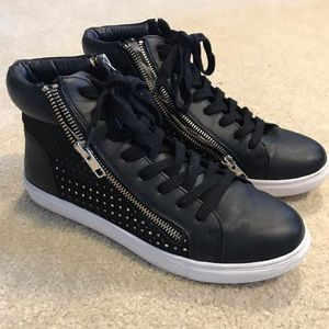 Steve Madden High Top ZIP Sneakers